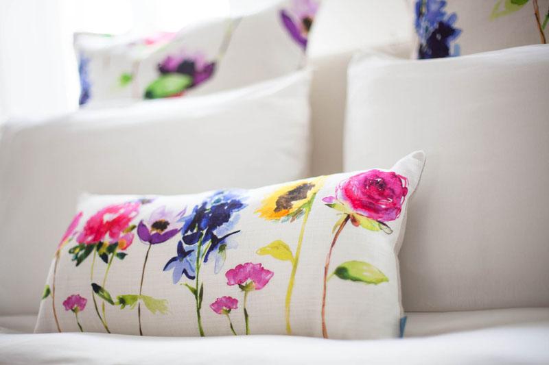 Portare la primavera in casa ecco alcune idee immobiliare conti - Cuscini decorativi letto ...